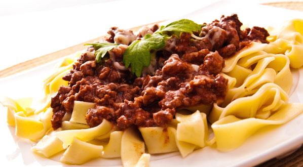 bolognese die klassische sauce f r spaghetti lasagne co magazin. Black Bedroom Furniture Sets. Home Design Ideas
