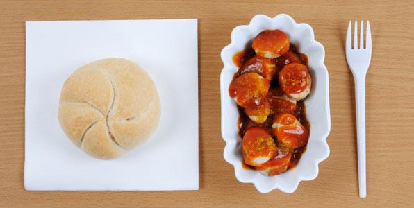currywurst mit perfekter so e einfach lecker. Black Bedroom Furniture Sets. Home Design Ideas