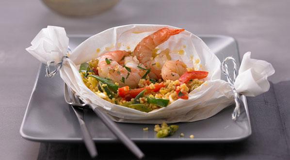 Couscous mit Garnelen im Pergament