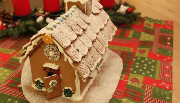 Lebkuchenhaus selbst machen
