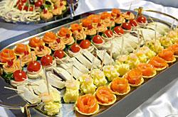 buffet festliche buffet rezepte von fingerfood bis zum men buffetvorschl ge von klassisch. Black Bedroom Furniture Sets. Home Design Ideas