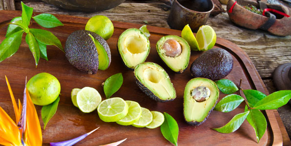 avocado gesunde frucht f r guacamole salat dips. Black Bedroom Furniture Sets. Home Design Ideas