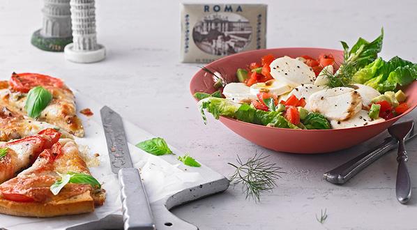 Römersalat mit mariniertem Mozzarella