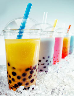 Bunte Bubble Teas aus dem Shop