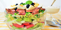 Schichtsalat und Wurstsalat
