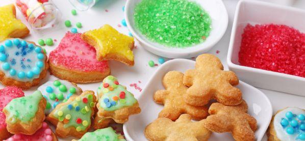 Weihnachtspl�tzchen mit Kindern backen