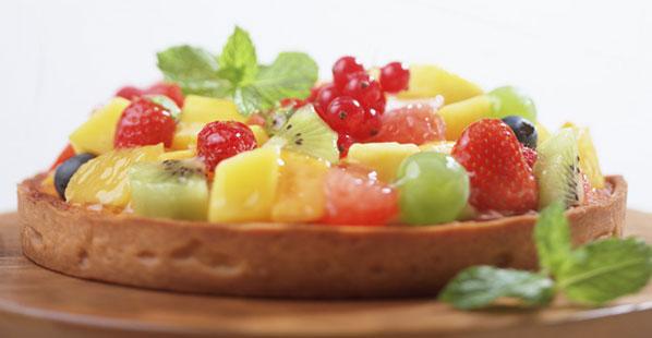 Geburtstagskuchen mit Obst