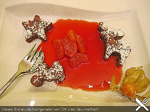 Lebkuchenküchlein mit Gewürzclementinen und Himbeerreduktion