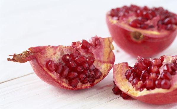 granatapfel gesunde frucht voller polyphenole. Black Bedroom Furniture Sets. Home Design Ideas