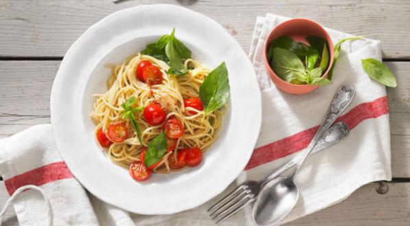 Tomaten mit Pasta