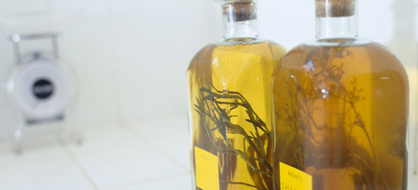 Olivenöl mit Kräutern