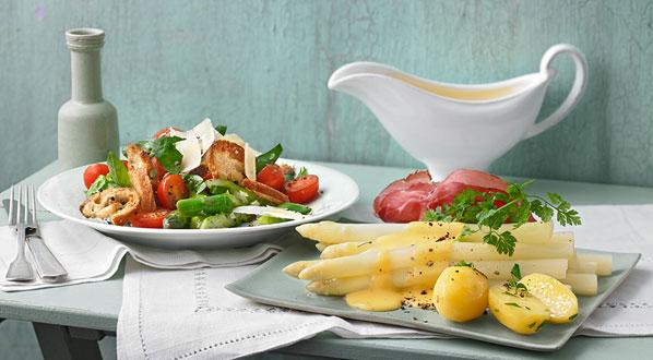 Spargelrezepte sind vielseitig: Spragelsalat und Spargel mit Hollandaise