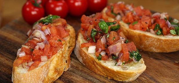 Bruschetta italiana: traditionelle Antipasti