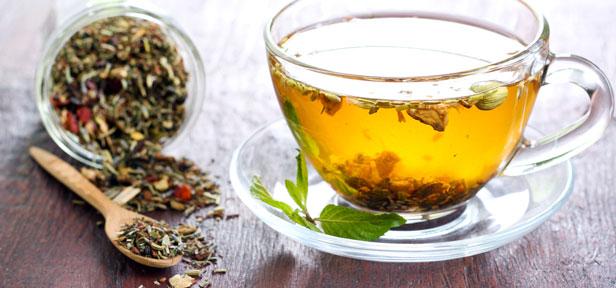 Mit Detox Tee entgiften und gesund abnehmen?