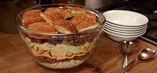 Big Mac Salat: Burger als Schichtsalat