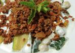 Zucchini mit Bulgur-Bällchen und Hackfleisch