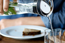 Wasser, die schöne Art den Durst zu stillen