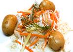 Video: Heilbutt im Gemüsebett mit Senfsauce und kleinen Kartoffeln