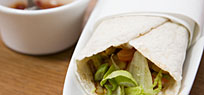Chicken Wrap mit Gem�se, Guacamole