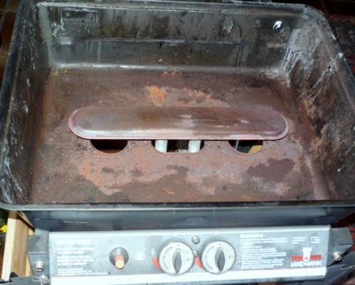 eine frage an die grill profis l t sich ein gas grill auch umwandeln grillen forum. Black Bedroom Furniture Sets. Home Design Ideas