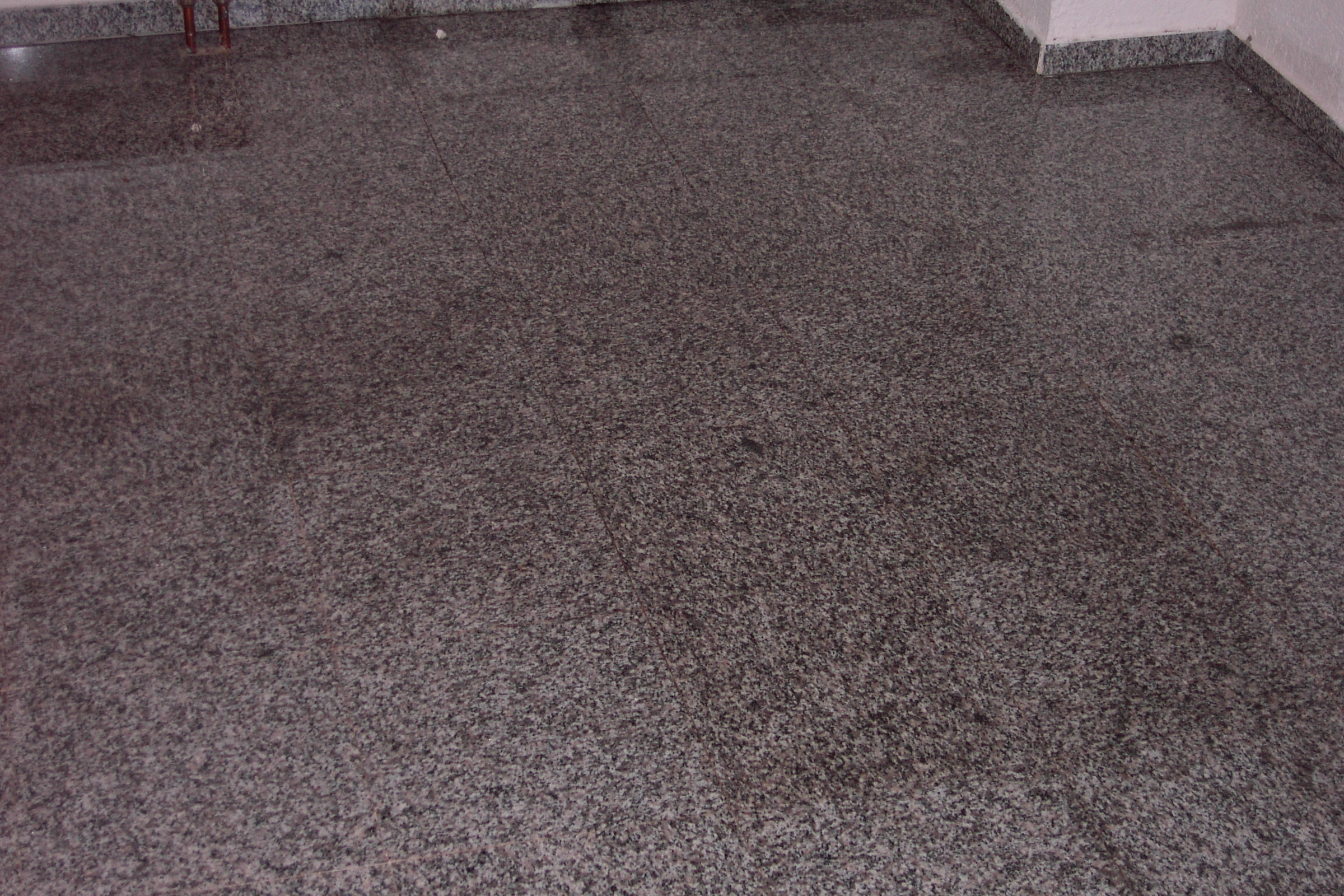granitboden hat flecken haus garten forum. Black Bedroom Furniture Sets. Home Design Ideas