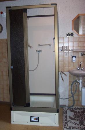mobile duschkabine mit boiler smartpersoneelsdossier. Black Bedroom Furniture Sets. Home Design Ideas