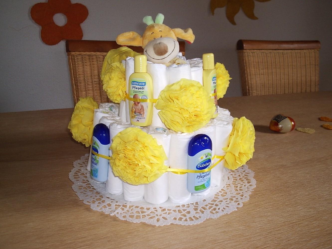 How To Make A Diaper Bathtub Cake