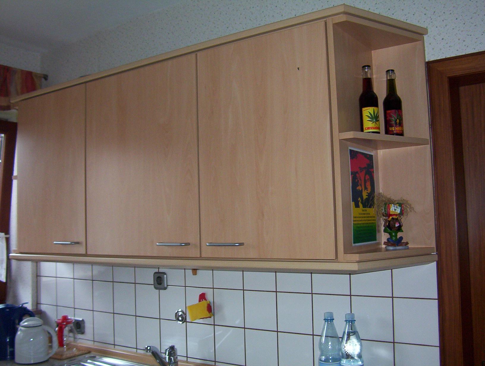 Hängeschrank küche  Welchen Abstand zwischen Hängeschrank und Arbeitsplatte ...