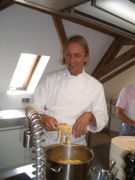 Einige Kochkurs Angebote in der Region Mainz: