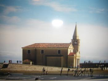 Kapelle vorm Strand