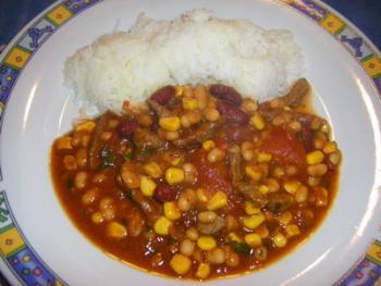 Chili con carne  http://www.chefkoch.de/rezepte/1630981270647452/Chili-con-carne.html
