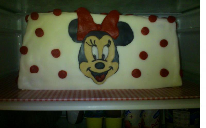 Drei Torten Zum Dritten Geburtstag U A Minnie Maus Motivtorten