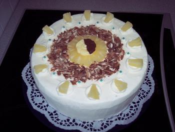 Ananas-Joghurt-Torte