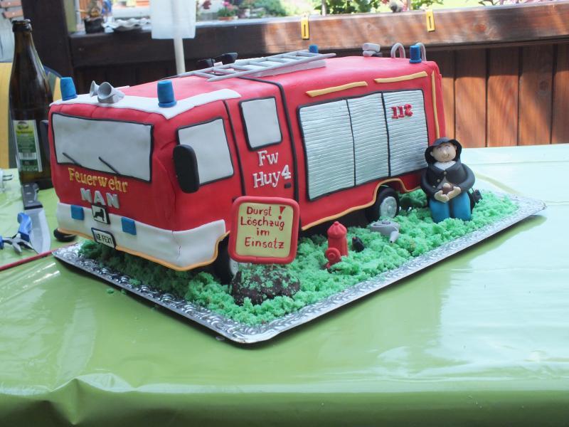 Feuerwehrauto Motivtorten Fotos Forum Chefkoch De