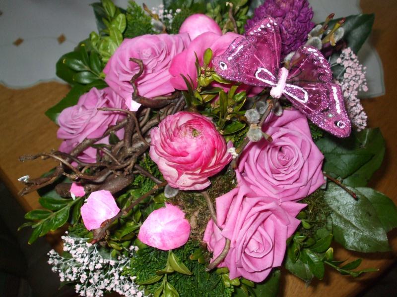 gr ser und schilfkolben pampasgras rosenstrauss zu ostern. Black Bedroom Furniture Sets. Home Design Ideas