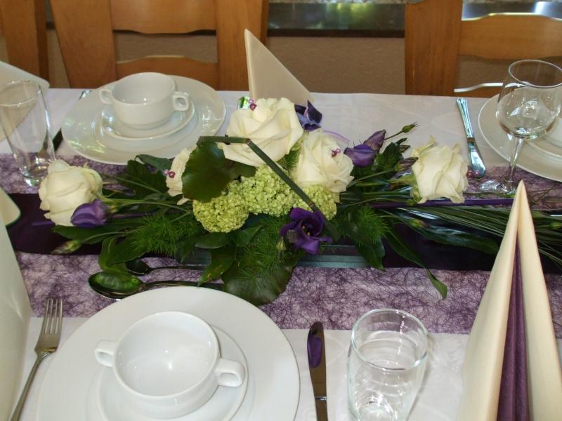 Tischdeko konfirmation blumen  Tischdeko zu Konfirmation meiner Enkeltochter, meine UGG-Boots ...