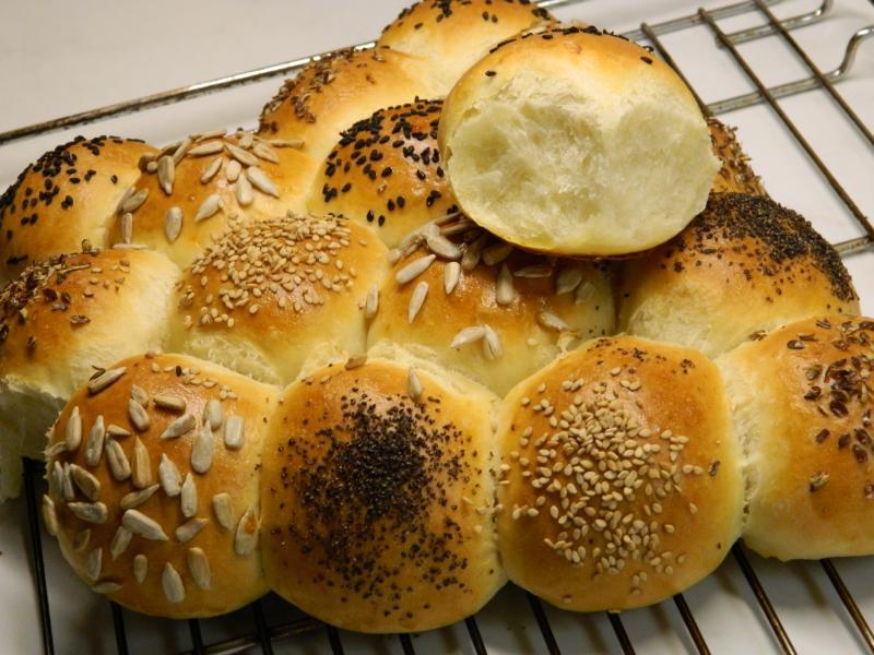 Brot Brötchen backen 01 12 07 12 2018 2909365955
