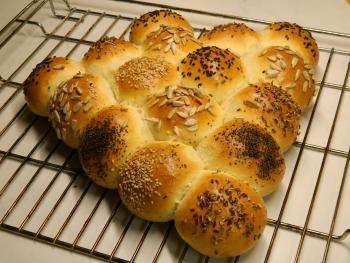 Brot Brötchen backen 01 12 07 12 2018 3352379252
