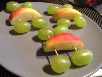 kreatives Obst Gemüse Kinder 2057394156