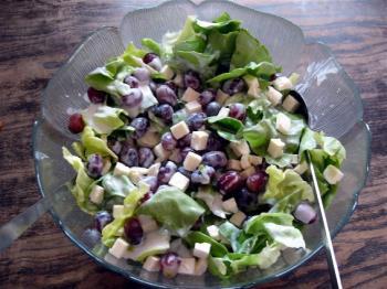 Salat Samos-super lecker mit Trauben und Schafskäse!!