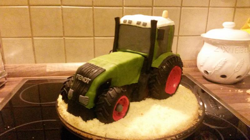 Fendt Traktor Und Meine Zweite Hochzeitstorte Motivtorten Fotos