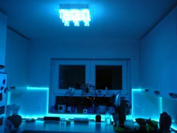 Küchenrückwand aus Glas mit/ohne LED? | Küchenausstattung ...