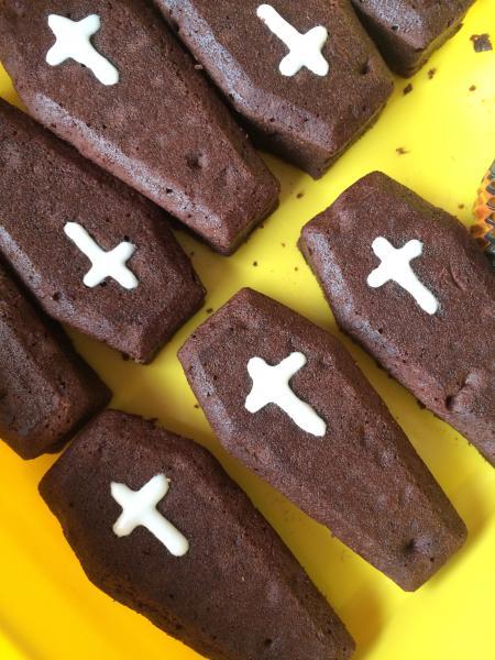 Halloween Nachtrag Kürbistorte Gehirn Monster Donuts Cookies Cupcakes Sarg Brownies 911967889