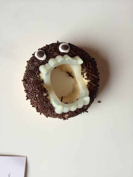 Halloween Nachtrag Kürbistorte Gehirn Monster Donuts Cookies Cupcakes Sarg Brownies 3699054152