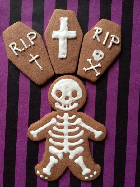 Halloween Nachtrag Kürbistorte Gehirn Monster Donuts Cookies Cupcakes Sarg Brownies 4148108045