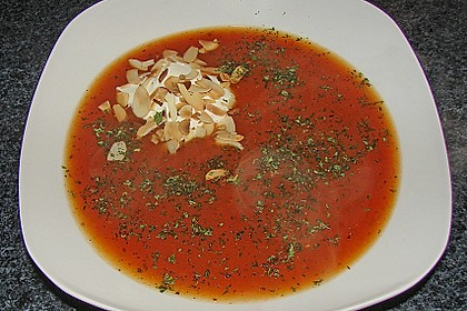 Tomatensuppe 37