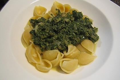 Penne mit Spinat-Gorgonzola-Sauce 4