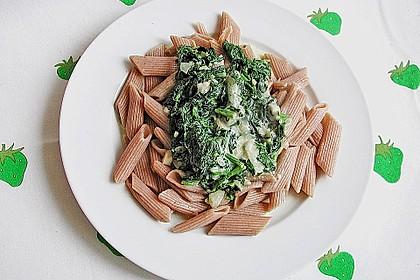 Penne mit Spinat-Gorgonzola-Sauce 2