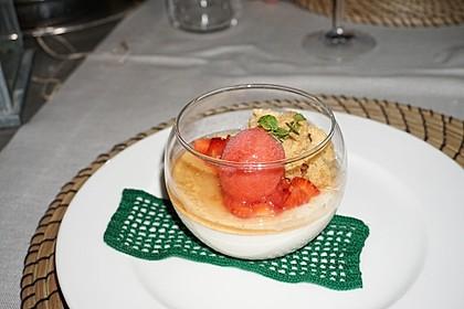 Panna cotta mit Erdbeersauce 57