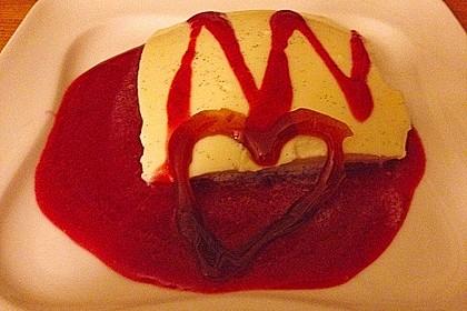 Panna cotta mit Erdbeersauce 86